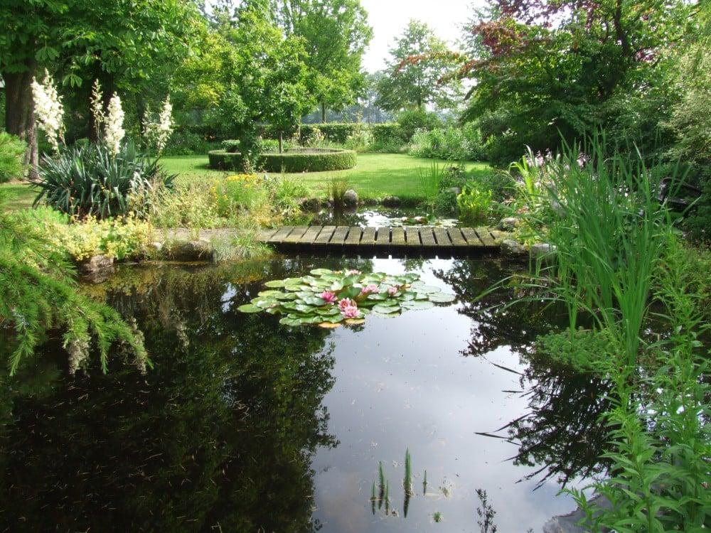 Landelijke tuin passie voor tuinen for Vijverpomp voor grote vijver